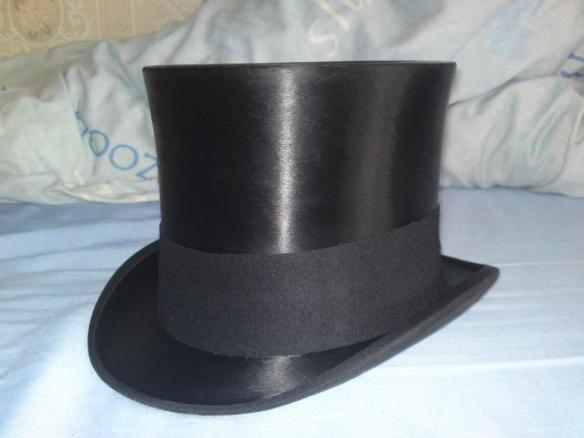 Guide to Buying a Top Hat | 《秘雲舘》 Into the Hidden Clouds